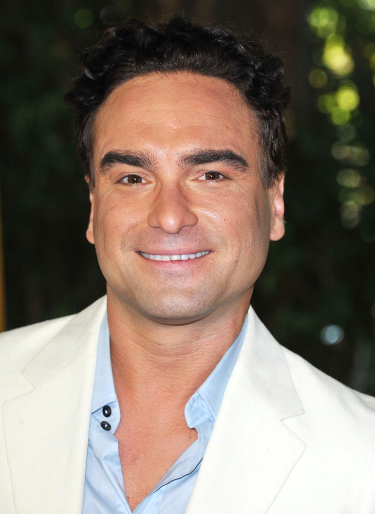 Johnny Galecki sexy
