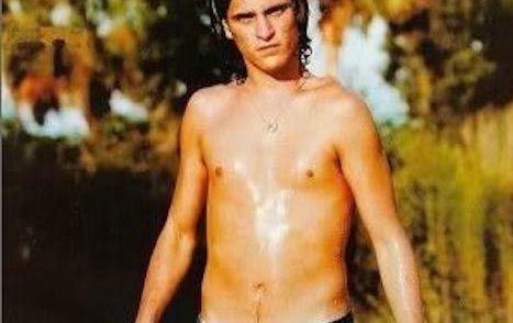 Joaquin Phoenix Shirtless 1